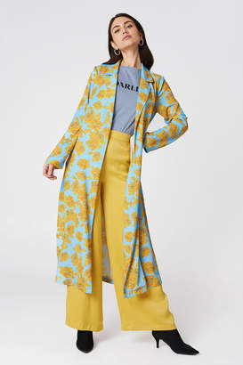 Na Kd Exclusive Shiny Fluid Trenchcoat Light Blue/Yellow