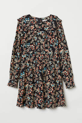 H&M Patterned Ruffled Dress - Black