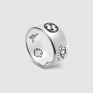 "Gucci ""Blind For Love"" ring in silver"
