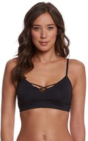 alo-yoga-interlace-yoga-sports-bra-8156343