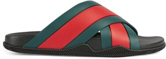 Gucci Men's rubber slide sandal with Web