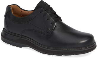 Clarks R) Un Ramble Lo Plain Toe Derby