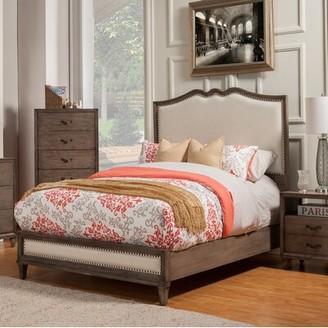 "Birch Laneâ""¢ Heritage Calila Upholstered Standard Bed Birch Lanea Heritage Size: Queen"