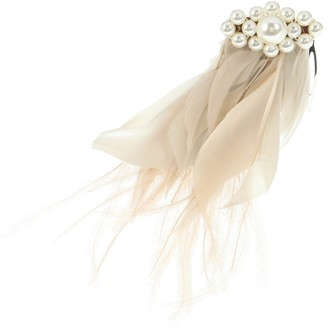 Simone Rocha Faux pearl and feather hair comb