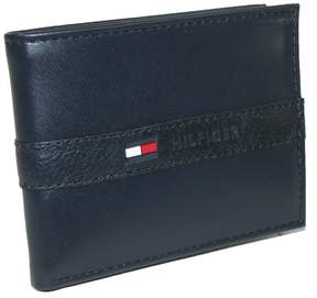 Tommy Hilfiger Men's Leather Ranger Passcase Billfold Wallet, Navy