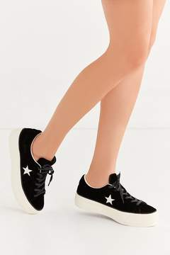 Converse One Star Velvet Platform Low Top Sneaker