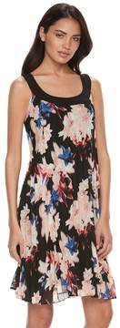 Elle Women's ElleTM Pleated Floral Shift Dress