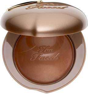 Too Faced Bronzed Peach Melting Powder Bronzer – Peaches and Cream Collection