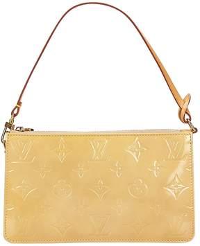 Louis Vuitton Pochette Accessoire patent leather handbag - YELLOW - STYLE