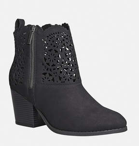 Avenue Westend Perforated Bootie