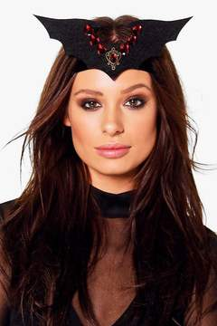 boohoo Halloween Kara Embellished Bat Head Crown