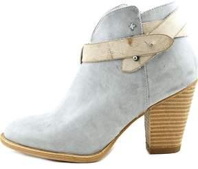 XOXO Womens Karol Closed Toe Ankle Fashion Boots.