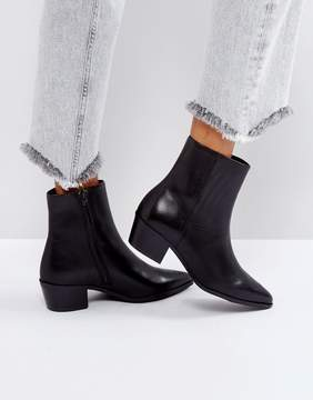 Pieces Pointed Leather Ankle Boots