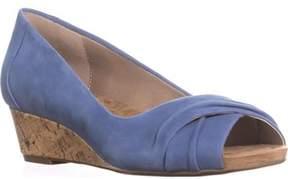 Giani Bernini Gb35 Rivey Peep Toe Wedge Pump Sandals, Vintage Jeans.