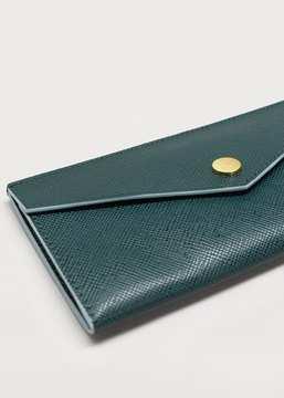 Violeta BY MANGO Pebbled flap wallet