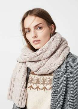 Mango Outlet Knit scarf