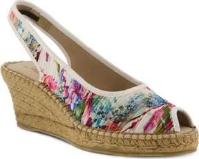 Azura Gweneth Pleated Floral Sandal (Women's)