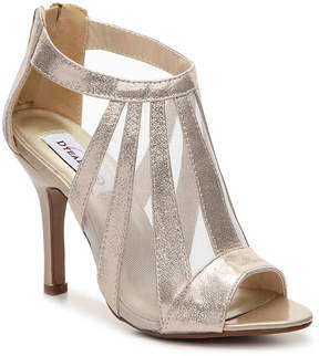 Dyeables Women's Lotus Sandal