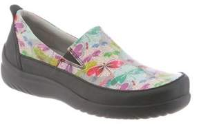 Klogs USA Women's Ashbury Clog.