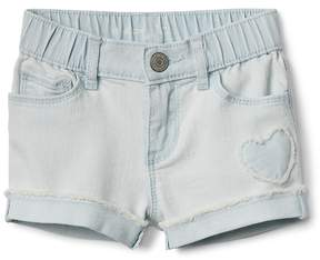 Gap 3 Shorty Shorts with Heart Applique in Stretch