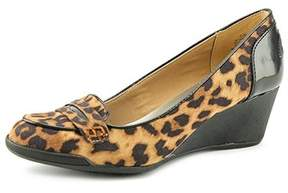 Anne Klein Womens Tagalong Closed Toe Wedge Pumps.