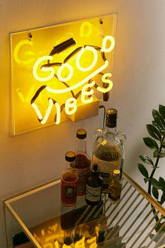 Neon Sign – Urban Outfitters