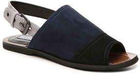 Charles David Women's Zianna Flat Sandal