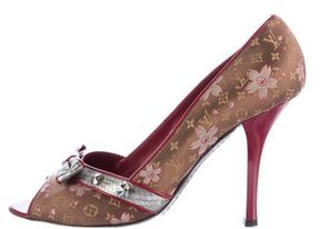 Louis Vuitton Snakeskin-Trimmed Cherry Blossom Pumps