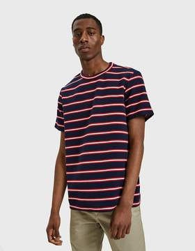 NATIVE YOUTH Ullswater Tee in Navy