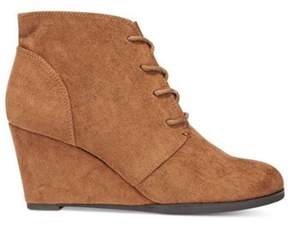 American Rag Womens Baylie Closed Toe Ankle Fashion Boots.