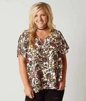Eyeshadow Floral Flutter Top - Plus Size Only