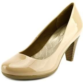 Giani Bernini Sweets W Round Toe Synthetic Heels.