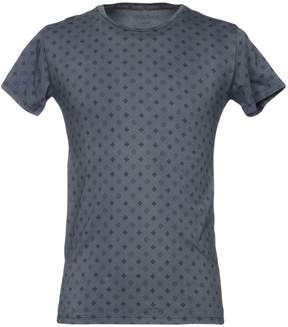 Maestrami T-shirts