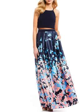 Betsy & Adam Halter Floral Print Long Popover Satin Gown
