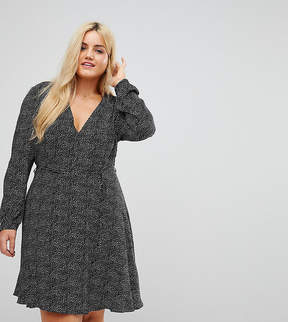 Alice & You Wrap Front Dress In Star Print