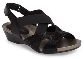 Aravon Women's Standon Cross Strap Sandal