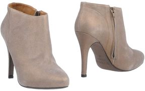 Vicenza Ankle boots