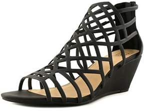 Material Girl Womens Henie Open Toe Casual Strappy Sandals.