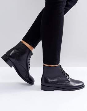 Park Lane Leather Lace Up Flat Boot