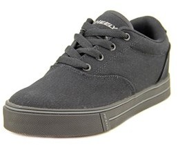 Heelys Launch Round Toe Canvas Skate Shoe.