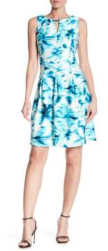 Gabby Skye Abstract Print Front Keyhole Dress