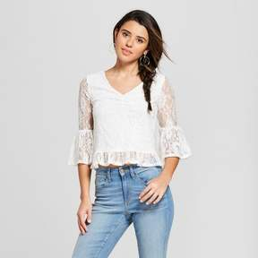 Almost Famous Women's 3/4 Sleeve Cinched Front Lace Top Juniors') Cream