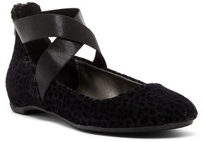 Kenneth Cole Reaction Pro Time Crisscross Ballet Flat