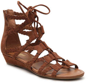 Crown Vintage Women's Sarah II Wedge Sandal