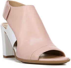 Naturalizer Women's Zahn Sandal