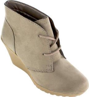 White Mountain Irma Wedge Heel Bootie (Women's)