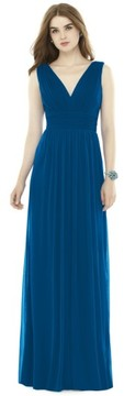 Alfred Sung Women's V-Neck Pleat Chiffon Knit A-Line Gown