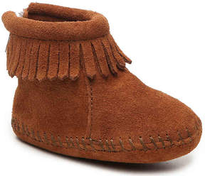 Minnetonka Girls DS Back Flap Infant & Toddler Boot