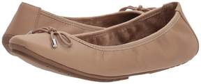 Me Too Halle Women's Flat Shoes