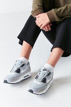 Nike 90 Mesh Sneaker